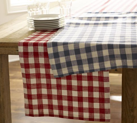 Table Runner: looks so great against a wood table.